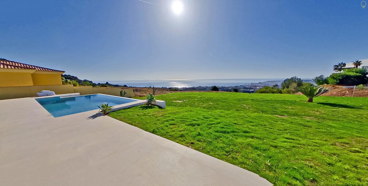 4 bedrooms Villa for sale in Mijas