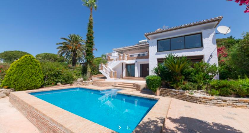 5 bedrooms Villa for sale in Casares Playa